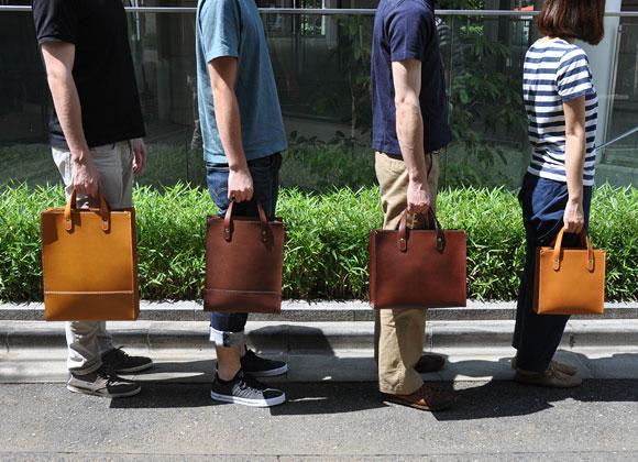 4サイズ展開で大きさを選べるトートバッグ