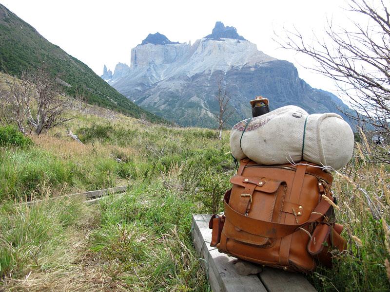 世界を旅する革鞄 ~パタゴニア・パイネ国立公園~