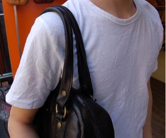 淡い色の衣服は、特に色移りが起こりやすいのでご注意下さい