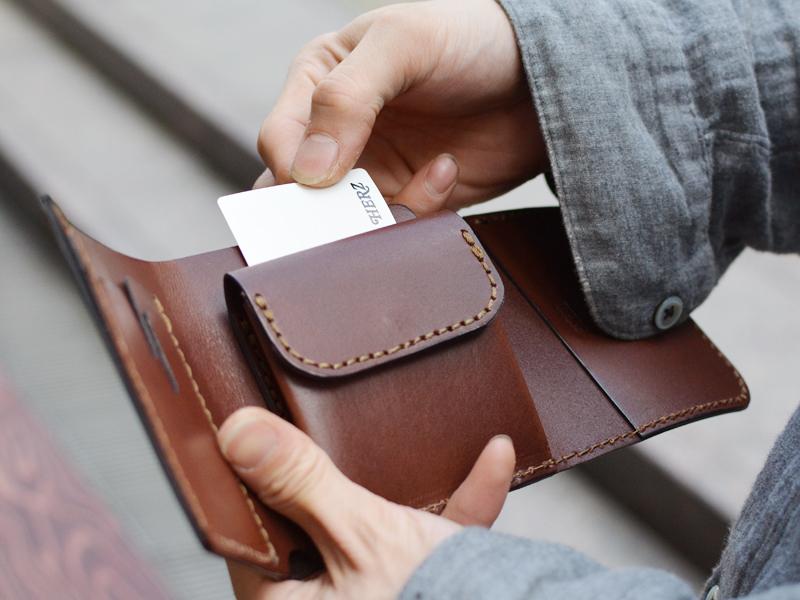 三つ折り財布 カード1