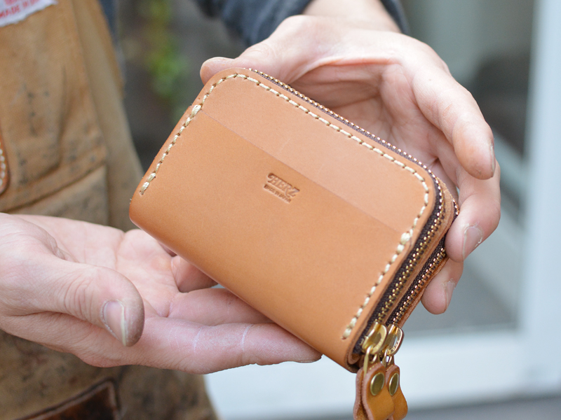 一体型財布 後面