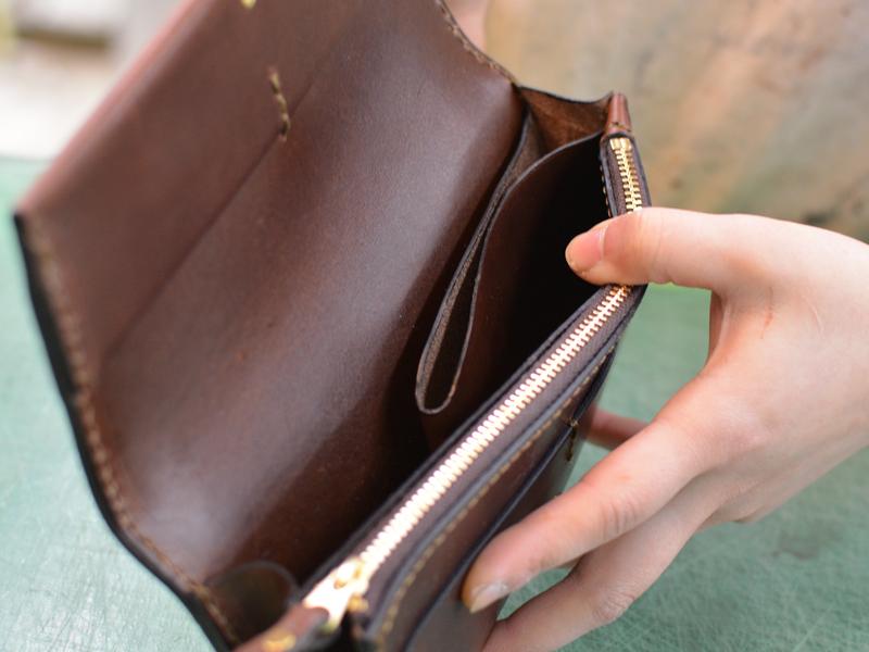 作り手:西川 長財布 フラップ