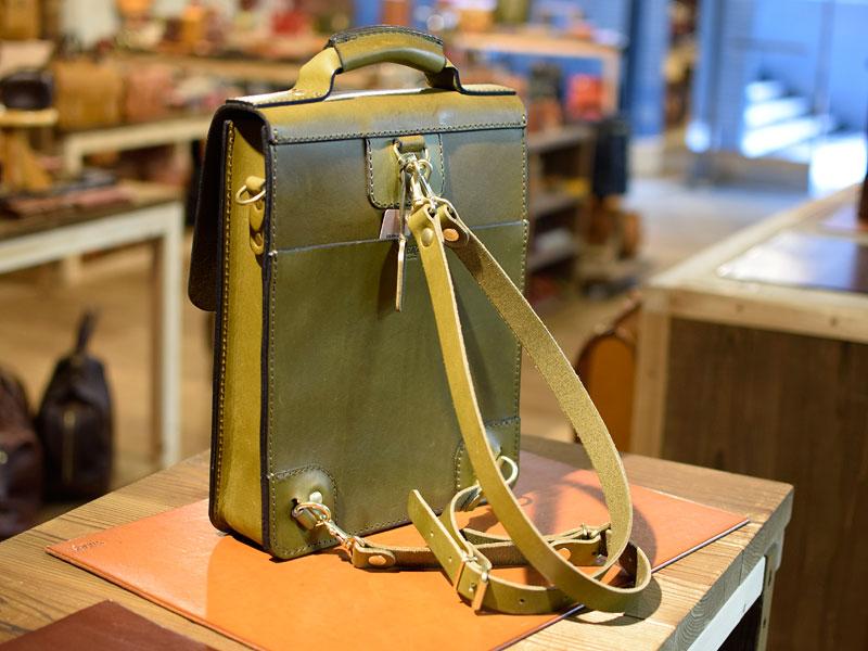 タテ型鞄・A4サイズの2wayバッグ(BC-58) 後面