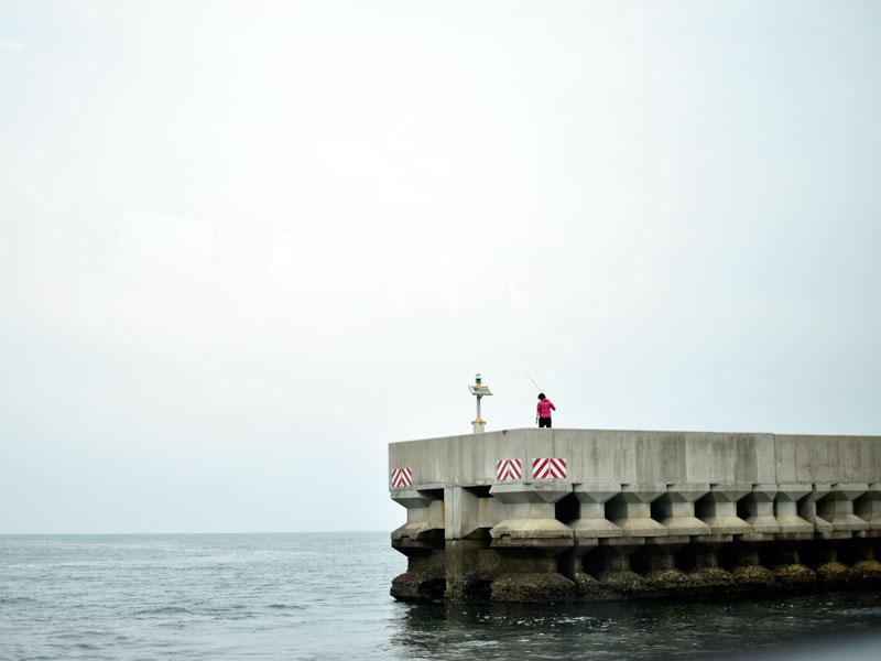 日間賀島の防波堤