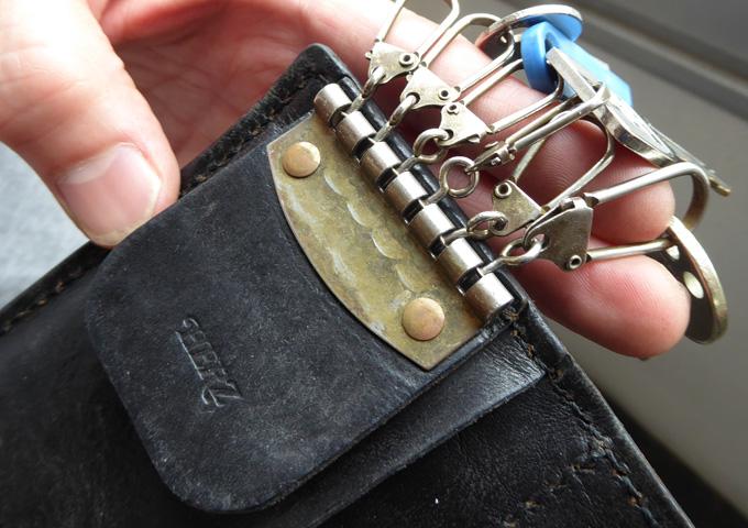 スタッフ愛用品:小銭入れつきキーケース エイジング 鍵エイジング