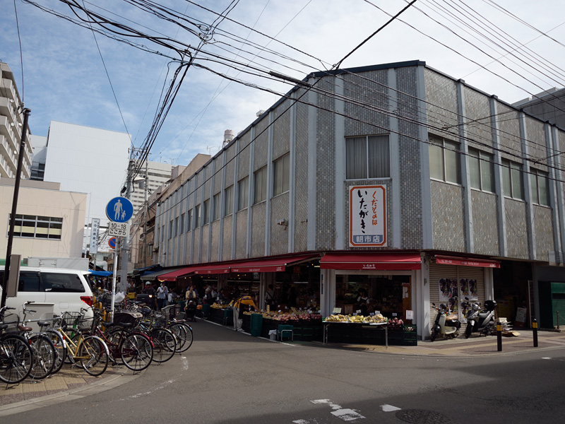 まずは仙台駅周辺を散歩