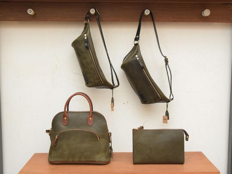 ダークグリンのセカンドバッグ、レディースバッグ、ボディバッグ