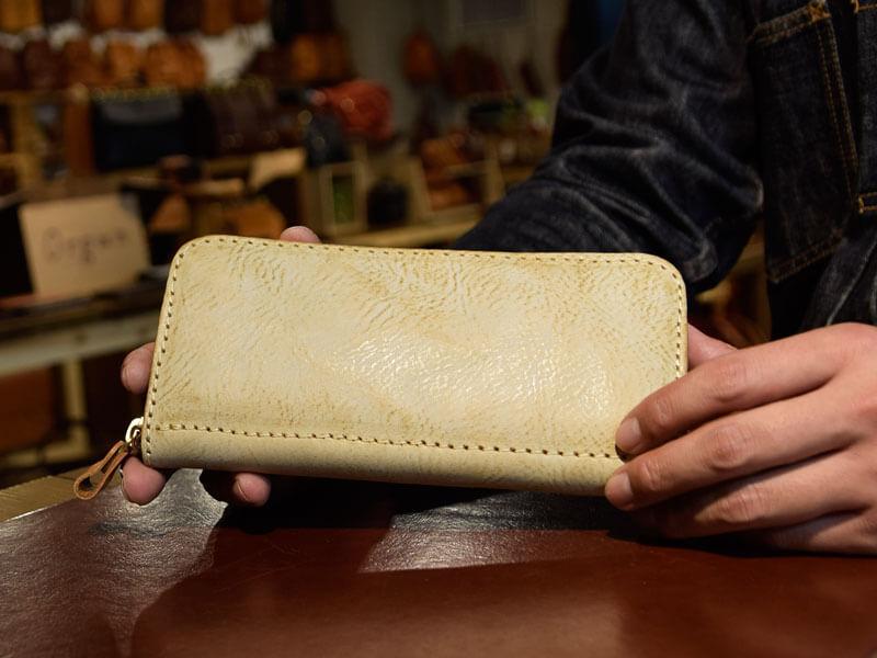ファスナー長財布(WL-58)のアラスカ革仕様