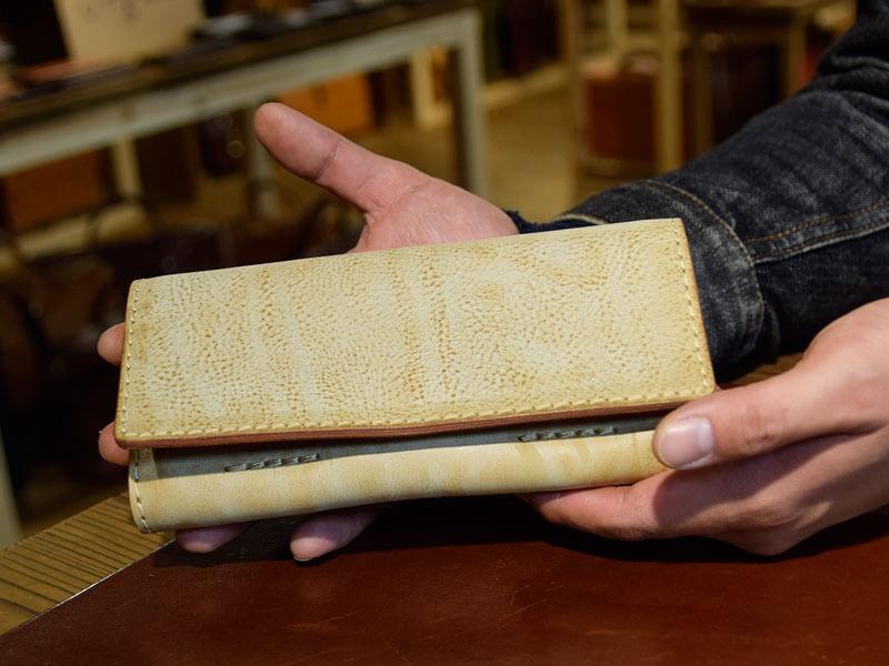 ソフトレザーの長財布(WL-63)のアラスカ革仕様