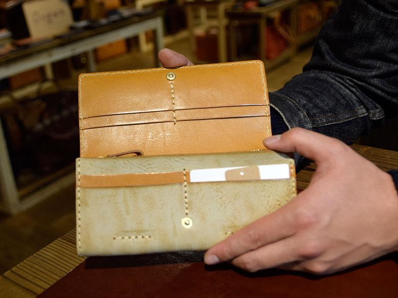 ソフトレザーの長財布(WL-63)のアラスカ革仕様 オープン