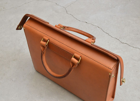 ドイツホックの二本手ビジネスバッグ(G-25)