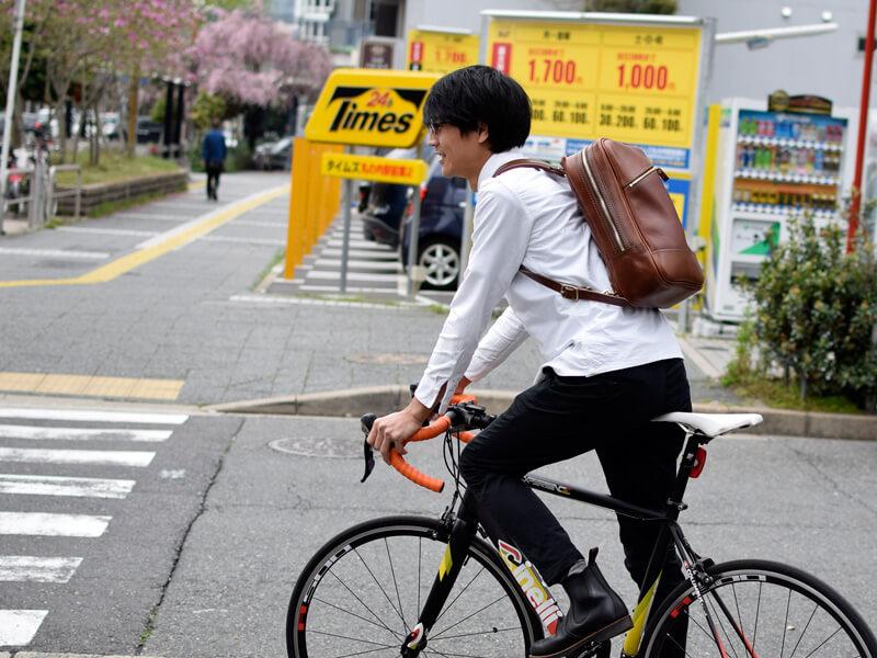 自転車通勤にもオススメのリュック