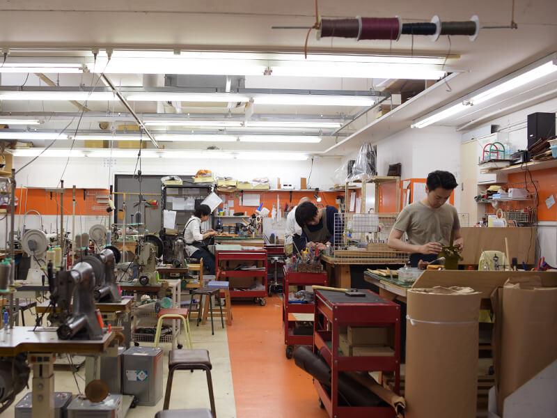 渋谷工房1Fの制作風景