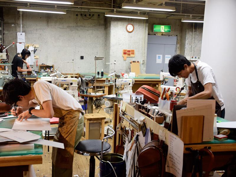 名古屋店の工房風景3