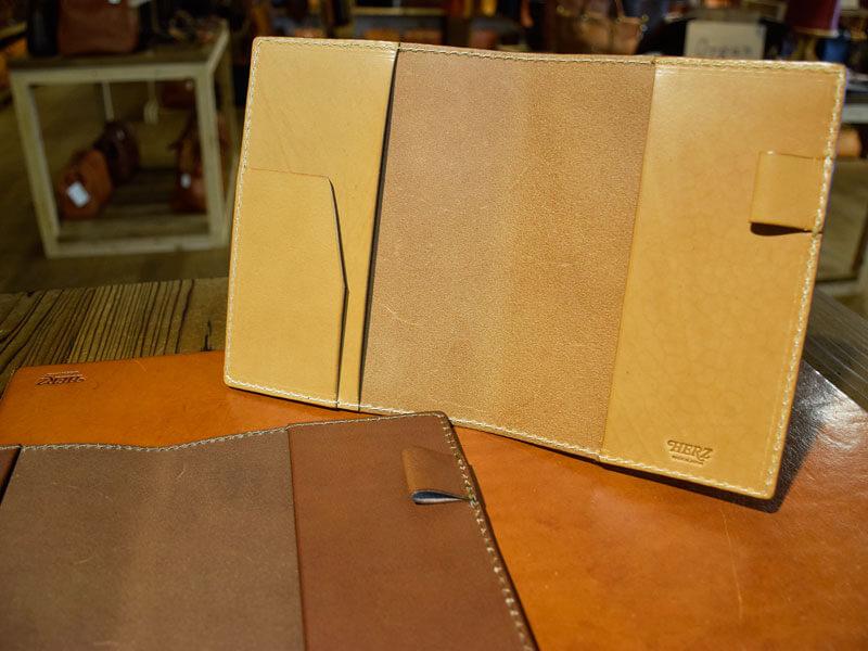 B6手帳カバー キャメルとチョコ