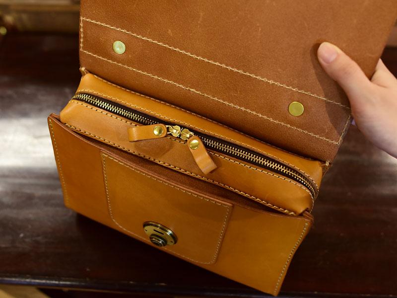 アオリノハンドバッグ あおりポケット