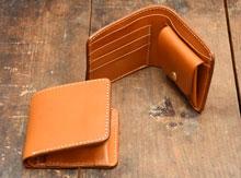 二つ折り財布一覧