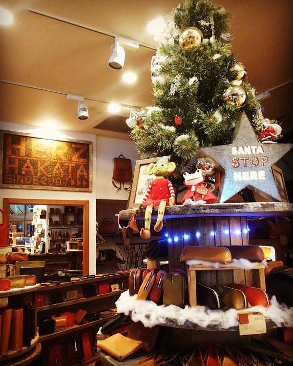 博多店のクリスマスディスプレイ2017