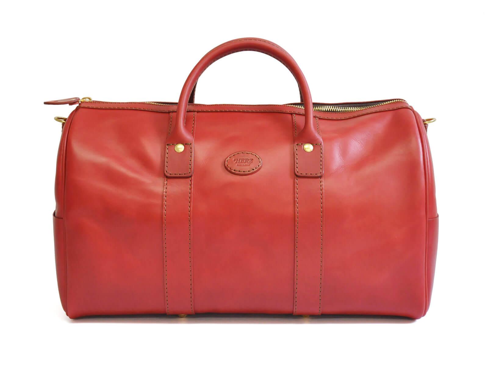 映画『探偵はBARにいる3』にHERZのボストンバッグが使用されています