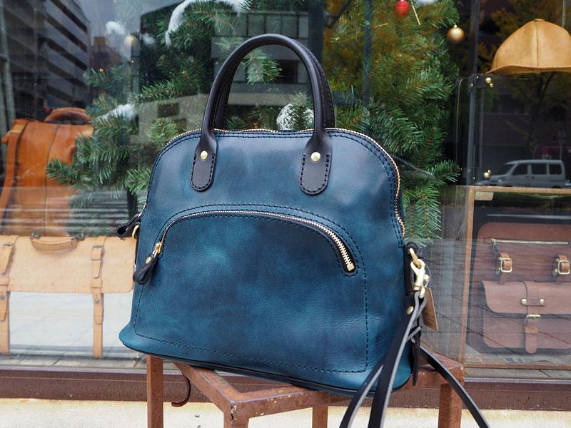 女性へのプレゼントに大人気なレディースバッグ