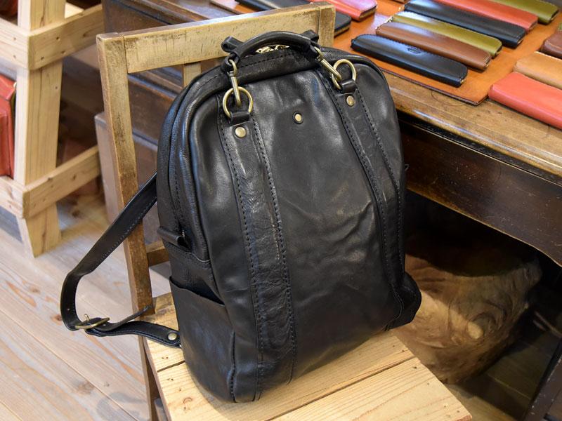 ウォッシュ加工シリーズのバッグについて