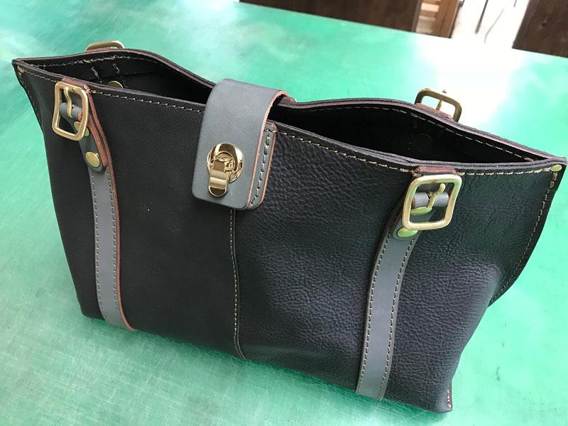 高山の試作鞄2