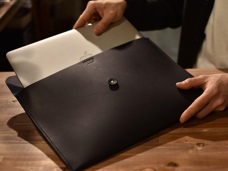 革封筒 13インチの薄型ノートパソコン収納