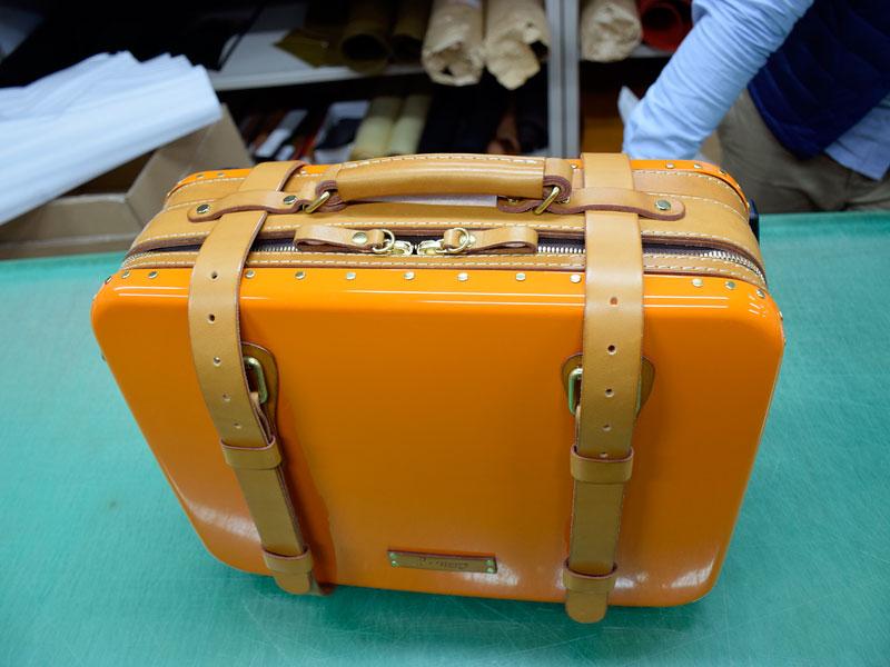 トロリーバッグの革部分