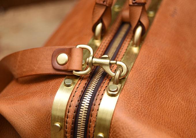 真鍮フレームの口枠ボストンバッグ 2way