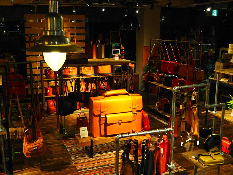 新しい大阪店の店内風景5