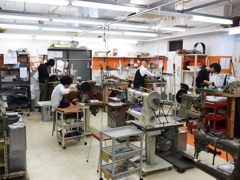 渋谷工房の製作風景