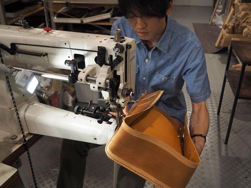 大阪店の工房風景2