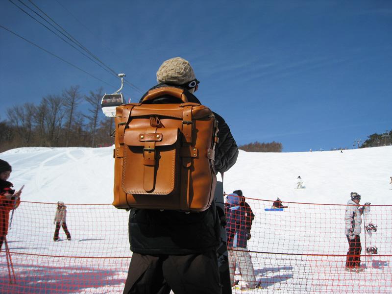 A-21、スキー場にて