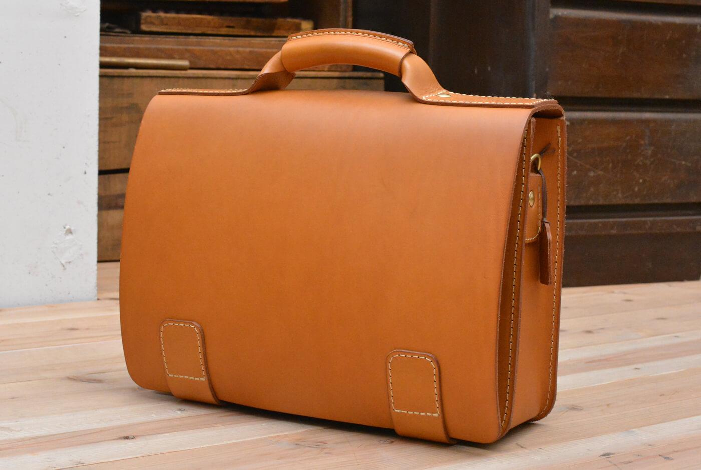 出張カバンにおすすめ 総かぶせ・横型2wayビジネスバッグ(BC-13)