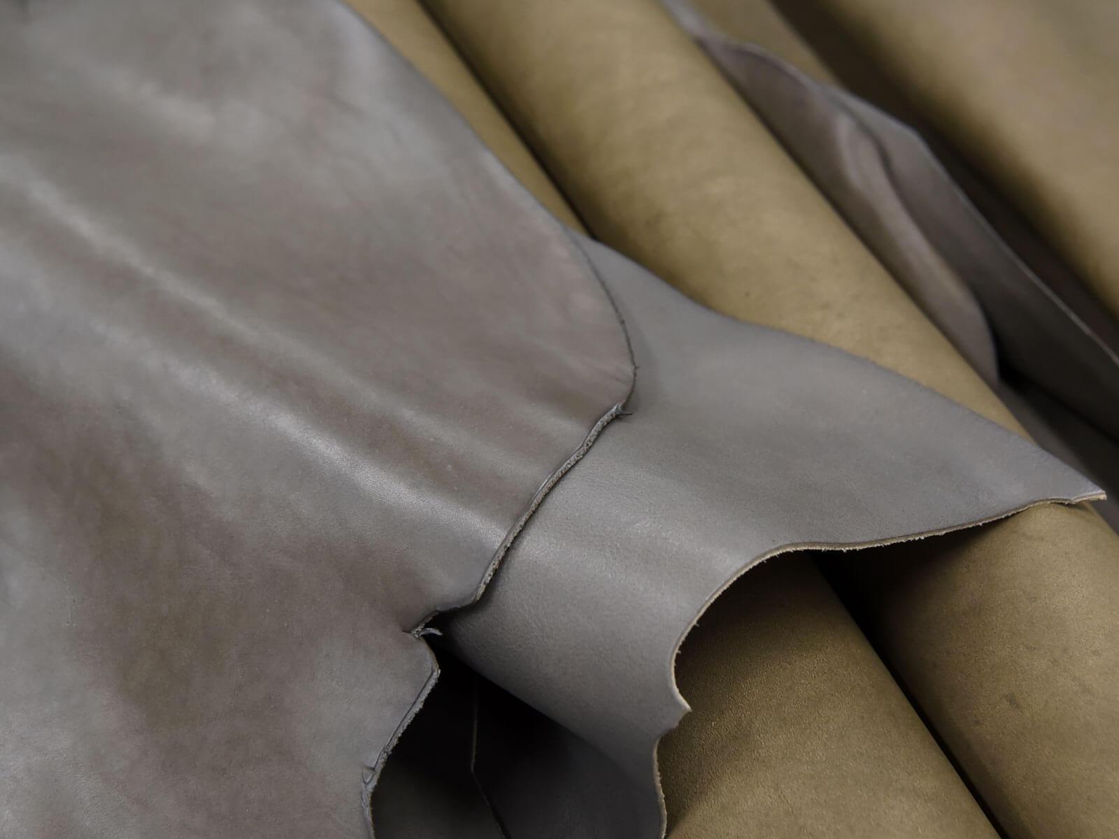 限定色のグレー革で作る、HERZ冬の企画2018-19