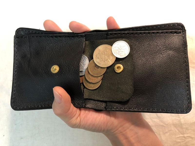 スリム財布 小銭取り出し