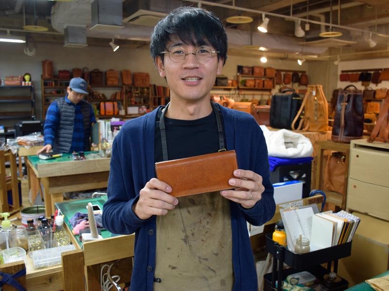 WL-56を愛用している名古屋店スタッフ田中