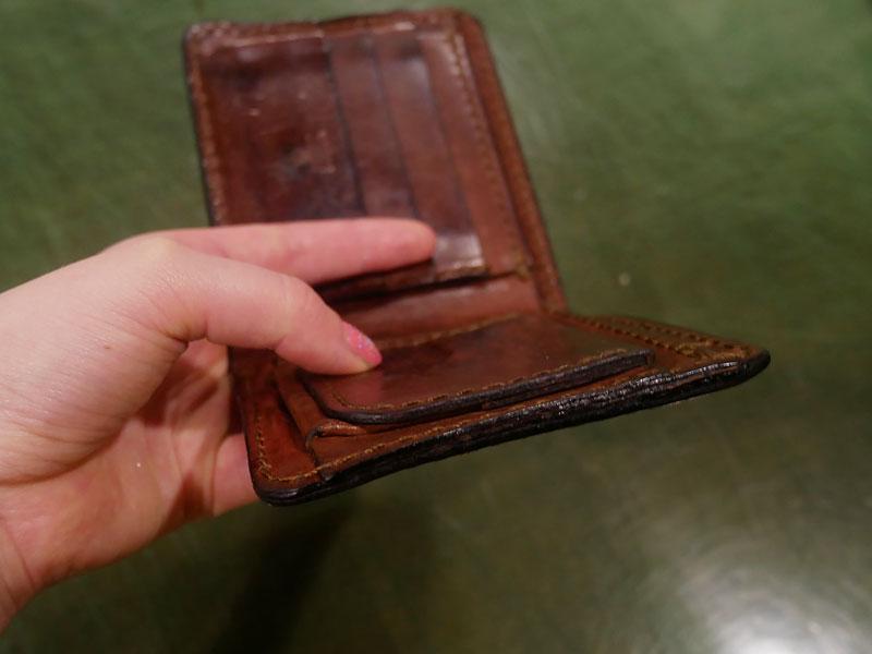 二つ折り財布(WS-8) チョコのエイジング5