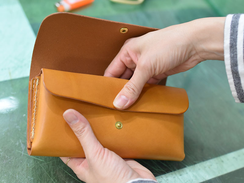 財布のメイキング19