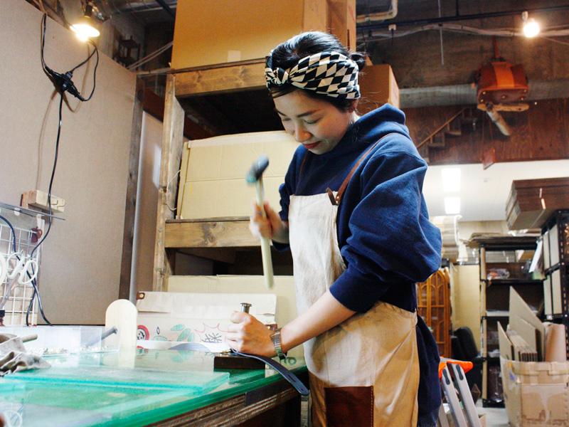 仙台店、サンプル品作りに励んでいます
