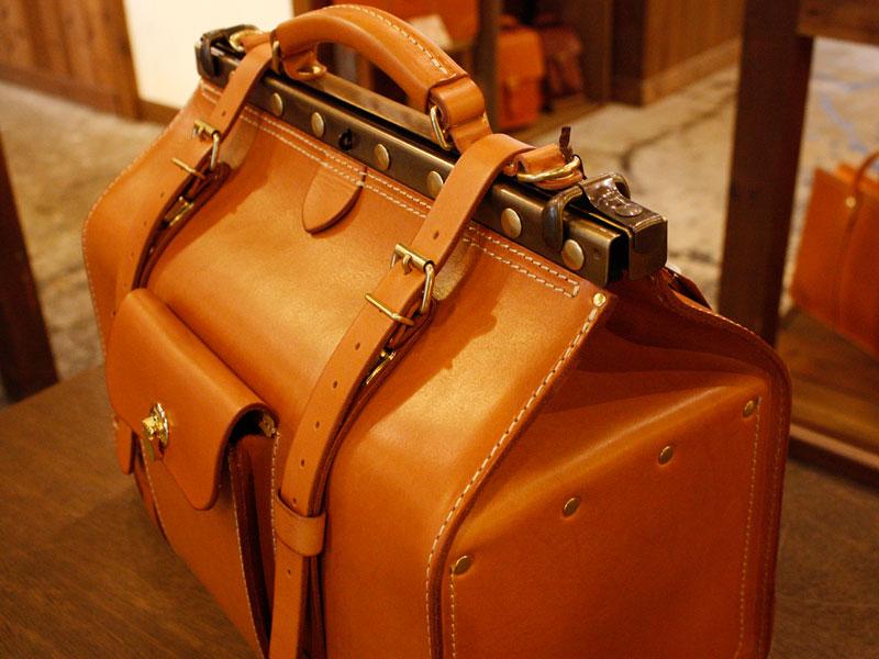 Gladstone Bag(グラッドストン・バッグ)(P-2) マチ