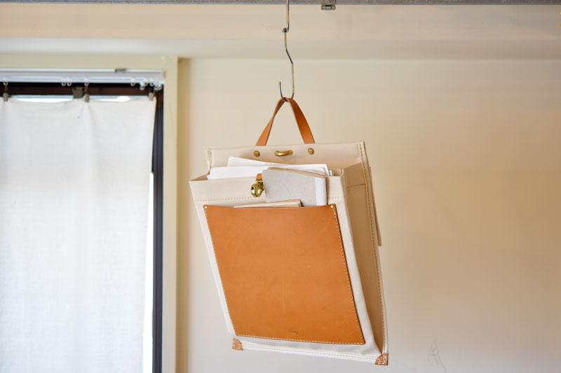 壁掛けキャンバストート 使用例