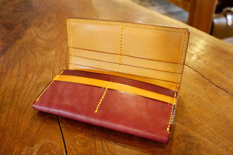 長財布の限定カラー オープン2
