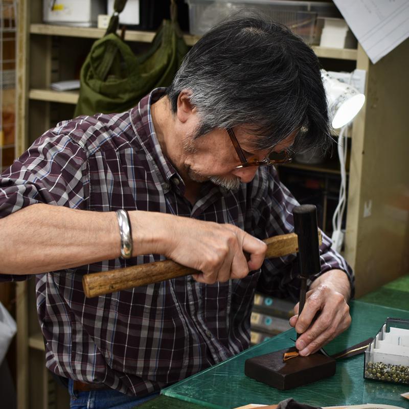 カード収納に強い長財布(WL-56)を作る永崎