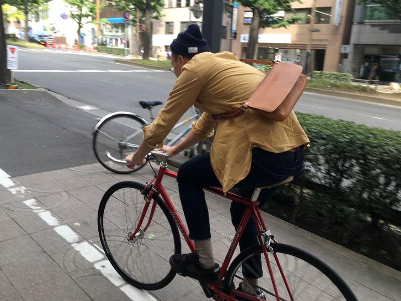 ボディバッグ(G-32) 自転車乗り