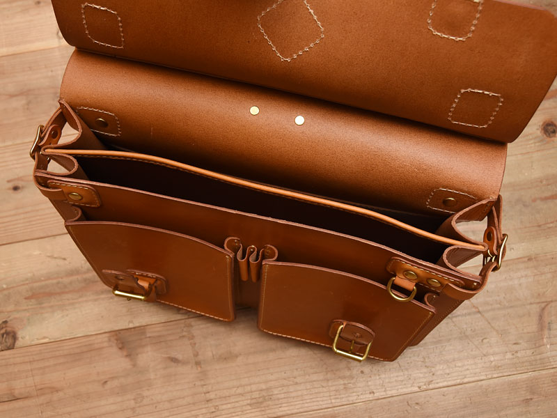 トリップバッグ・Trip Bag(A-102) 仕切り