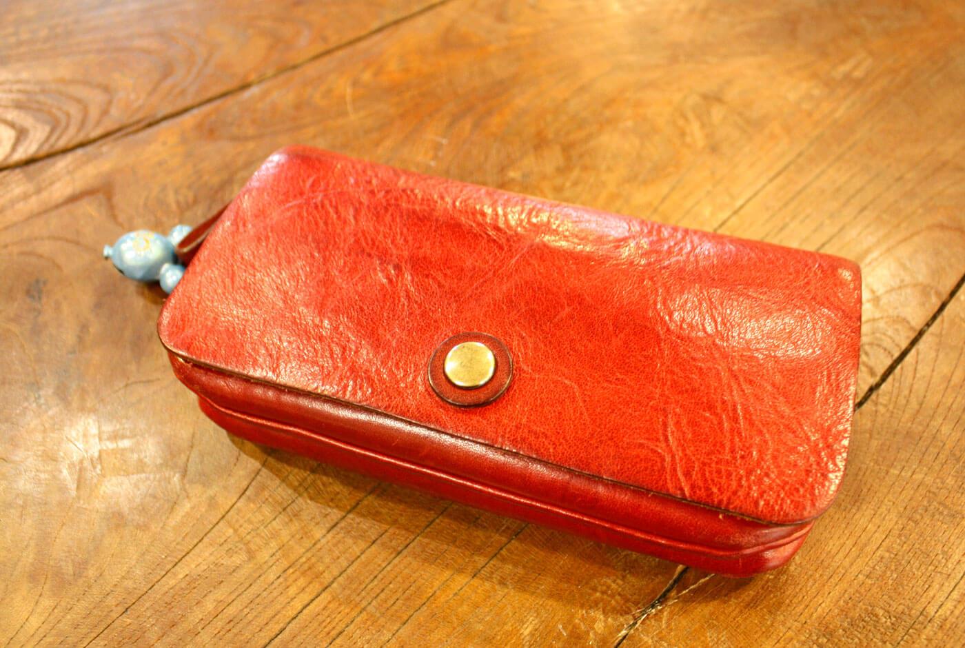 普段使いのトラベルウォレット・長財布(WL-104) エイジングのレッド