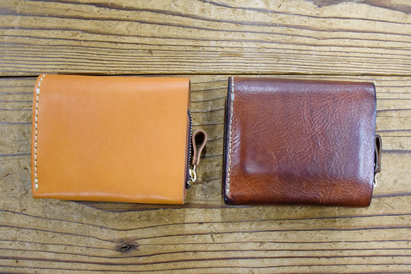 小型の二つ折り財布(WS-64) キャメルエイジング比較