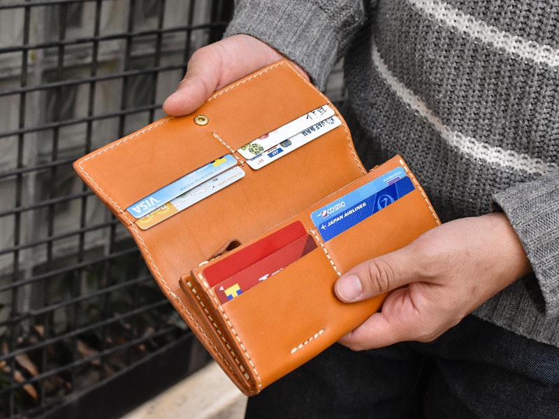 ソフトレザーの長財布(WL-63) 4部屋のカードポケット
