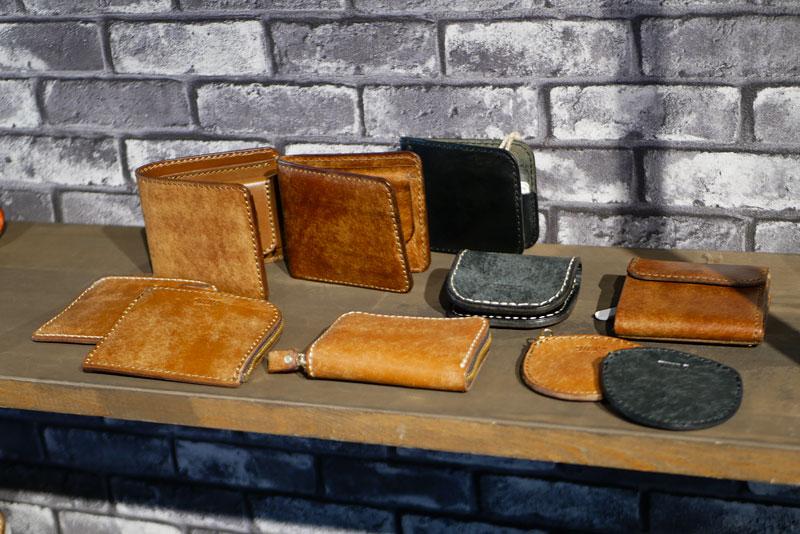ネビア革の財布たち2